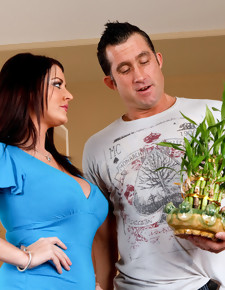Billy Glide & Sophie Dee in Neighbor Affair - Naughty America