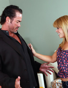 Elizabeth Bentley & Dale Dabone in I have a Wife - Naughty America