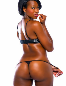 There's not any skinny white girls here, only gorgeous black beauties with deliciously round booties