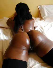 There's no wizened white girls here, only gorgeous black beauties with deliciously round booties