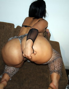 There's no skinny white girls here, by oneself gorgeous black beauties with deliciously round booties