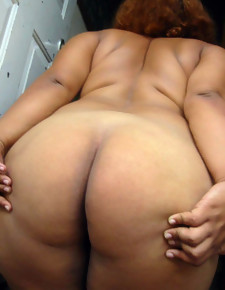 There's no skinny white girls here, only gorgeous black beauties there deliciously round booties