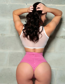 MonsterCurves ™ presents Kymberlee Anne in Dat Rump