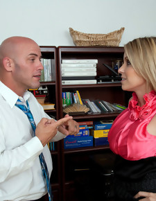 Courtney Cummz & Derrick Pierce in Naughty Office - Naughty America