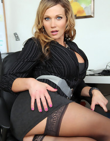 Nikki Sexx & Johnny Castle in Naughty Office - Naughty America