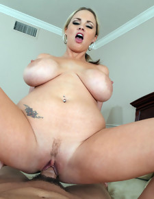 Katie Kox & Will Powers in Houswife 1 on 1 - Naughty America