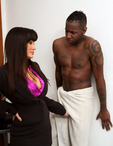 Lisa Ann & Jon Jon in Seduced by a Cougar - Naughty America