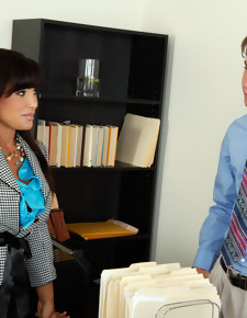 Lisa Ann & Seth Gamble in My Friend's Hot Mom - Naughty America