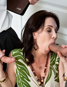 Alia Janine, Ralph Long, Ramon Nomar & Rayveness in Seduced By A Cougar - Naughty America