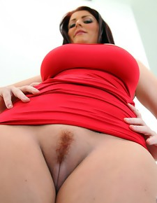 Royal rump Sophie Dee  huge round asses Monster Curves™