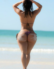 Huge pics collection of bubble butts