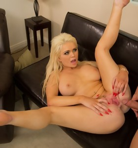 Alexis Ford & Johnny Castle in My Sister's Hot Friend - Naughty America
