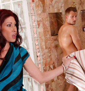 Tiffany Mynx & Bill Bailey in My Friend's Hot Mom - Naughty America