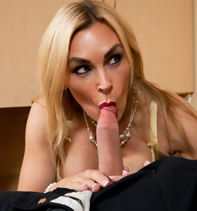 Tanya Tate & Bill Bailey in Neighbor Affair - Naughty America