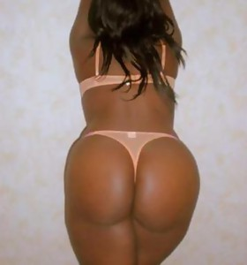 There's no skinny white girls here, only gorgeous black beauties anent deliciously round booties